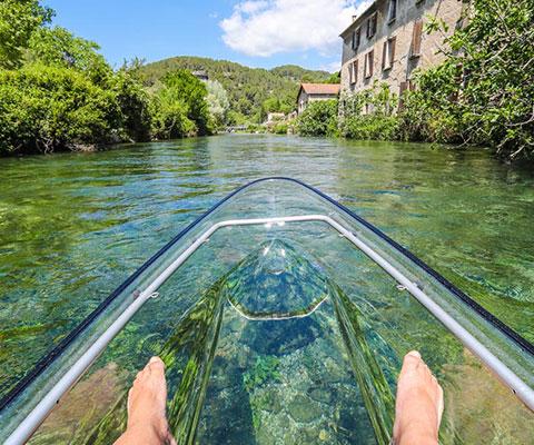 Vue du kayak transparent